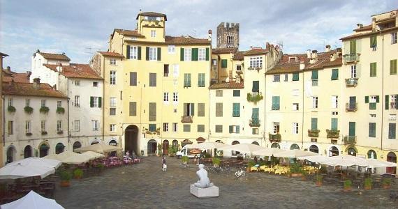 Lucca en la Región de Toscana
