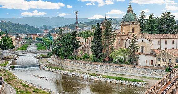 Cosenza en la Región de Calabria