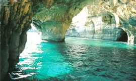 Grotte delle tre Porte en Puglia