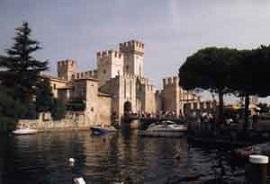 Tour que pasa por Sirmione en Lombardia