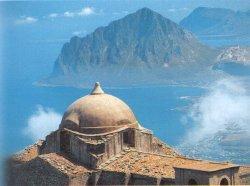 Tour que pasa por Erice en Sicilia